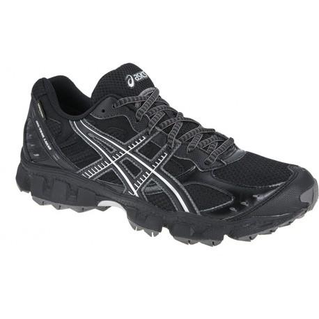 chaussure de trail asics